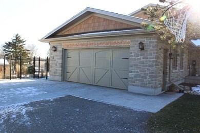 Overhead Door Co Of Kitchener-Waterloo Garage-Doors in Kitchener ...