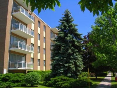 Swell Mississauga Valley Apartments For Rent Gottarent Com Download Free Architecture Designs Rallybritishbridgeorg