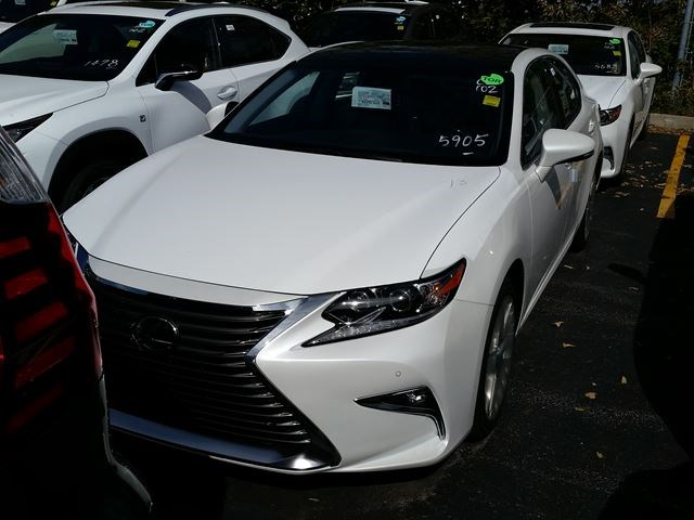 2017 Lexus Es 350 Executive Package White For 55145 In Mississauga Toronto