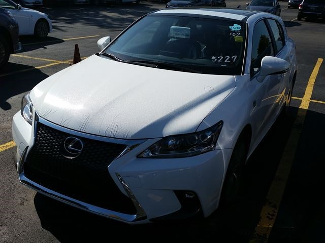2017 Lexus Ct 200h F Sport Series 2 White For 43345 In Mississauga Toronto
