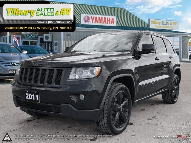 2011 Jeep Grand Cherokee Overland. BLACKED OUT!!!