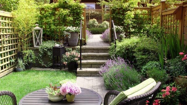 1 Garden, 3 Looks: Create Your Backyard Paradise