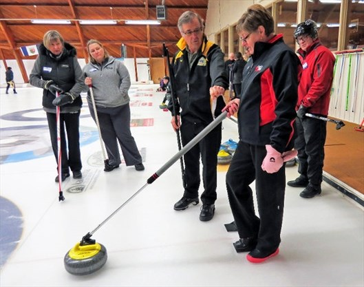 Peterborough Curling Club Hosts Curlon Instructional Sessions For