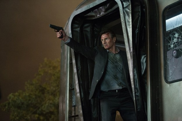 Commuter Returning From Rat Race >> Movie Review Neeson In Charge In The Commuter Therecord Com