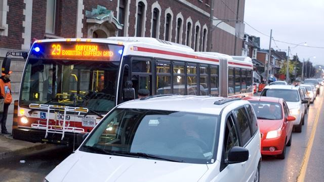 Dufferin 29 bus