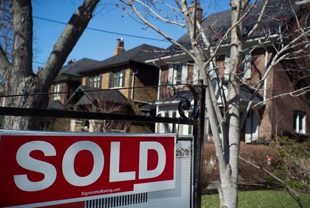 Borrowing To Buy A House Mortgage Rates To Fall Following Bank Of