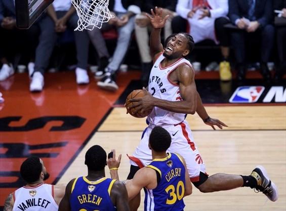 quality design ca523 465b1 Golden State Warriors even NBA Finals against Toronto ...