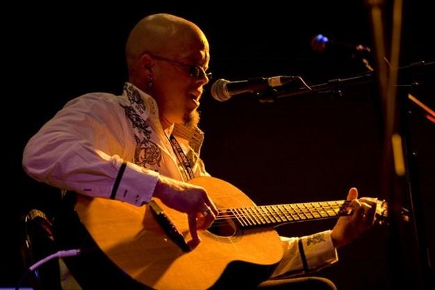 Folk musician Nathan Rogers