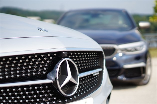 Opinion Sad Truths About Luxury Cars Thespec Com