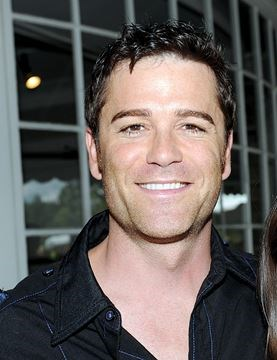 yannick bisson daughters