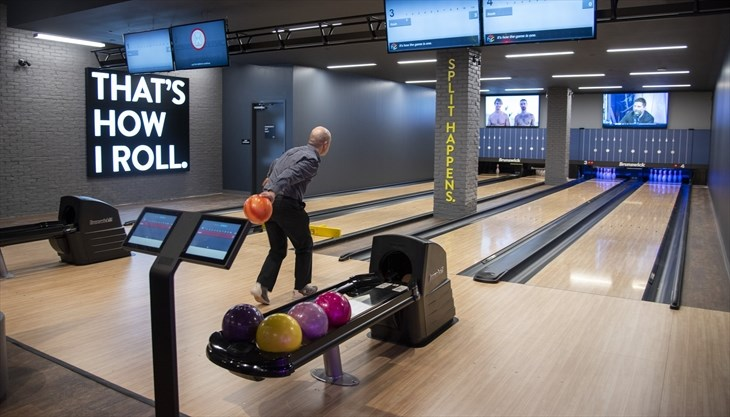 Cineplex Opens The Rec Room At Square One Mississauga Com