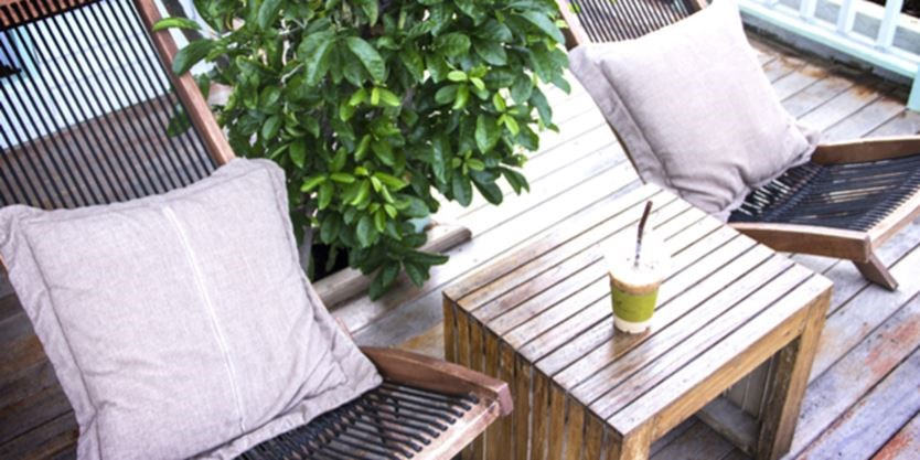 How To Make Patio Furniture Look Like New Again For Spring