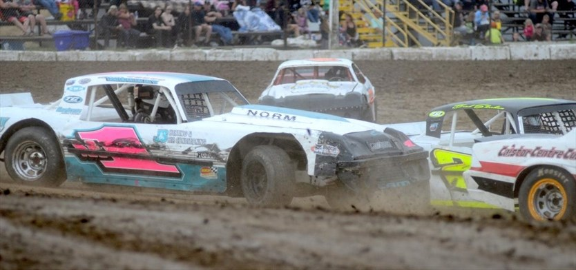 Third-generation racer tops Mod Lite, Sportsman point