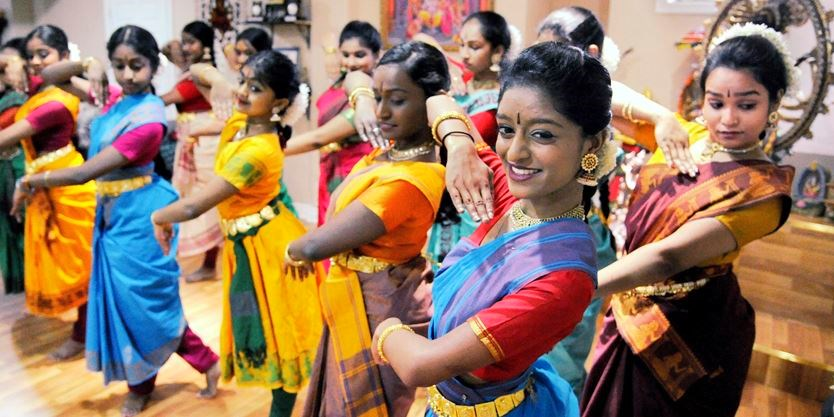 Scarborough sports field to see 1,100 Tamils dance love for Canada