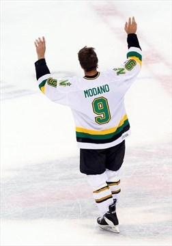 best service c0f90 72fcc Modano leaning toward continuing hockey career, but might ...