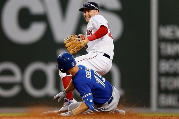 Chavis's grand slam helps Red Sox beat Blue Jays, 10-8