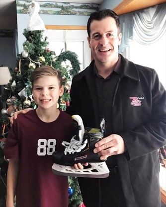 Petes Christmas.Seth Clark Earns New Pair Of Skates From Tpt Christmas Skate