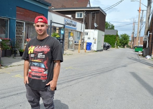 Shelburne prankster turned YouTube star charged after latest