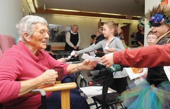 Golden Plough Lodge  sc 1 st  Northumberland News & Cobourg kids visit seniors on Halloween | NorthumberlandNews.com