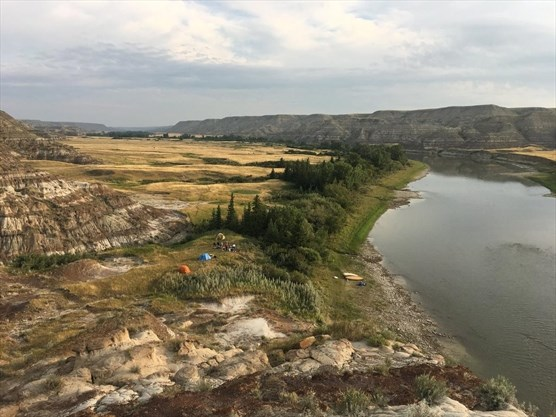 �free and easy� paddling along the red deer river
