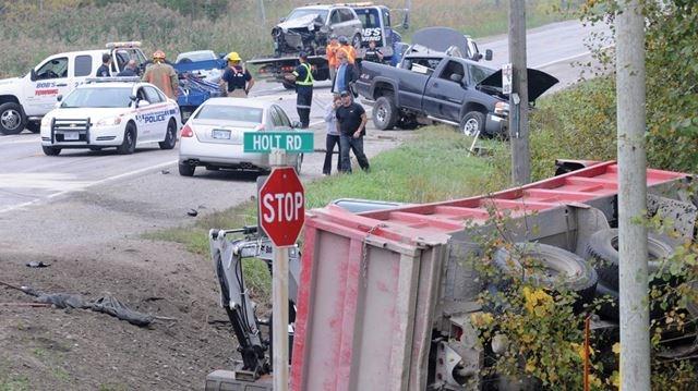 Clarington multi-vehicle crash on Taunton Road sends four to