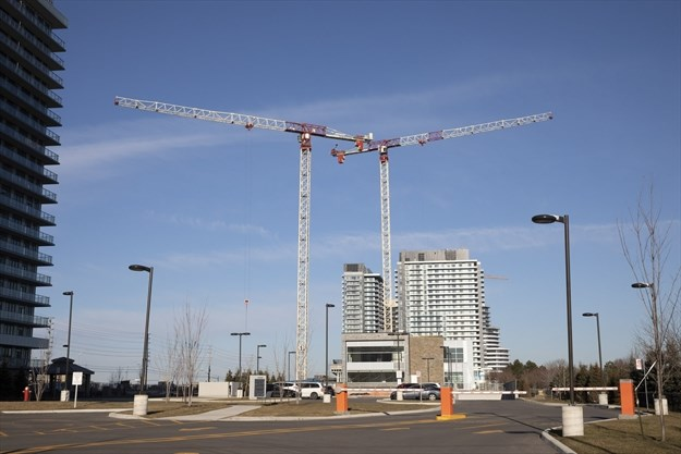 Average rent on a one bedroom condo now higher in - One bedroom condo for rent mississauga ...
