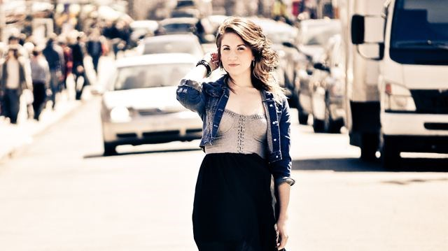 Nicole Rayy releases new CD Only Everything | InsideHalton com