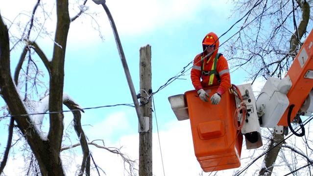Scarborough Residents Air Frustrations With Toronto Hydro At Ice Storm Meeting Toronto Com