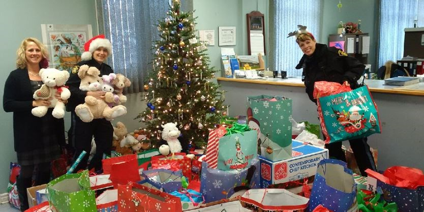 Angel Of Christmas.Angels Of Lanark County Fulfil Children S Wishes At