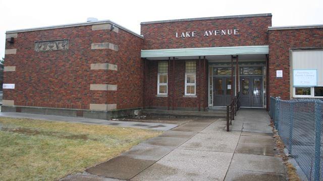 Lake Avenue School