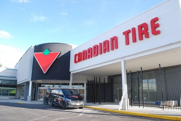 Fine Dundas Canadian Tire Opens New University Plaza Location Alphanode Cool Chair Designs And Ideas Alphanodeonline