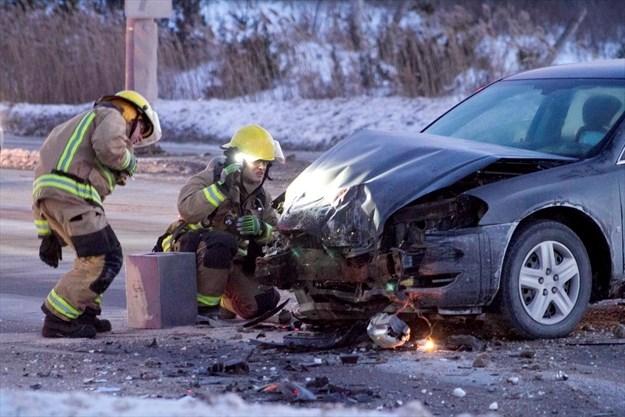 Two-vehicle crash briefly blocks Chemong Road, Peterborough
