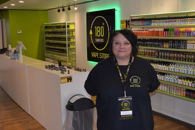 180 Smoke Vape Store offers large product selection and free