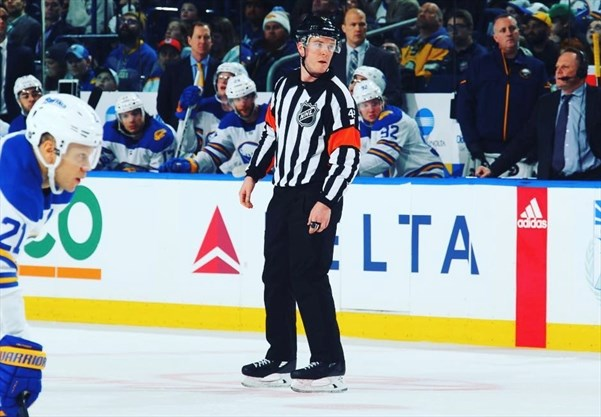 Millgrove's Corey Syvret dons the stripes as pro referee