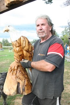 Chainsaw carving missing muskokaregion.com