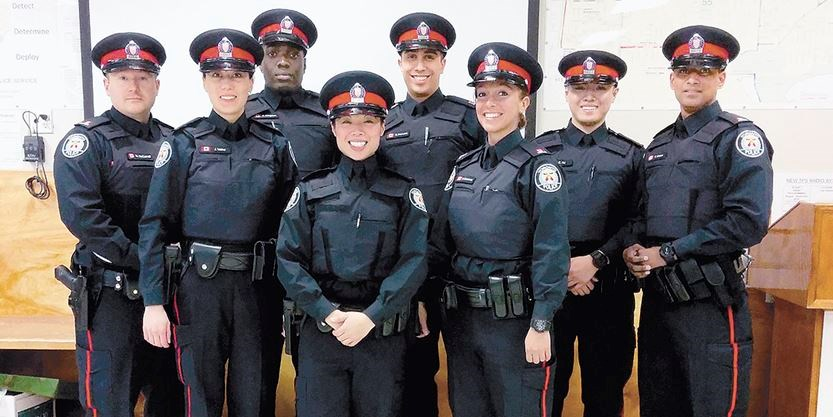 Toronto Police  Division Welcomed Eight New Officers In  And Are Hiring Again Metroland File Photo