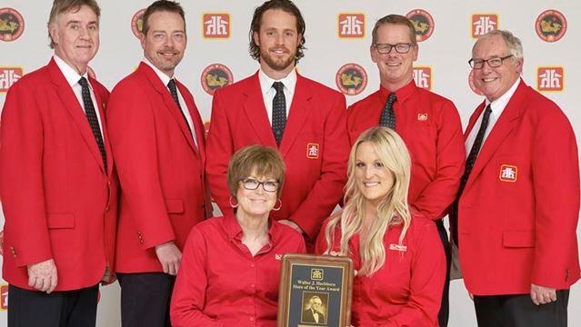 . Geerlinks earns top spot with Home Hardware award   TheWeeklyNews ca