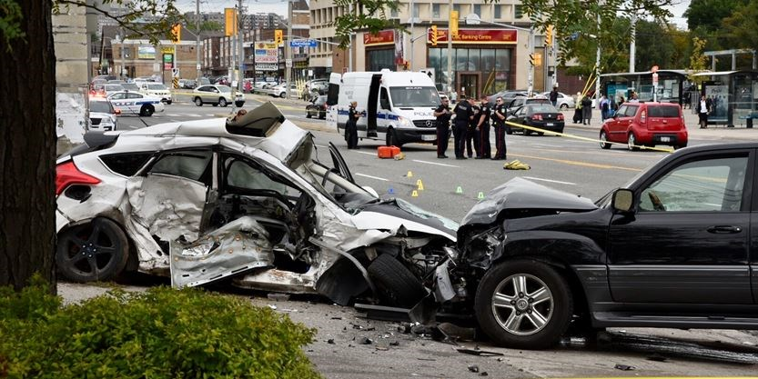 'Violent impact': Serious crash at major Mississauga intersection sends