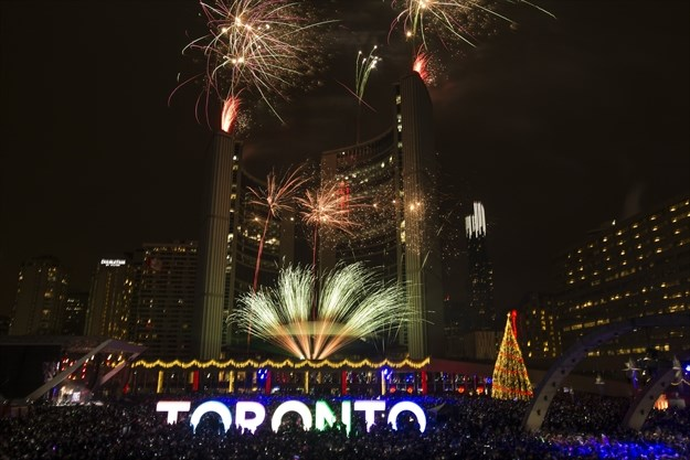 What S Open And Closed In Toronto On New Year S Eve And New Year S Day Toronto Com
