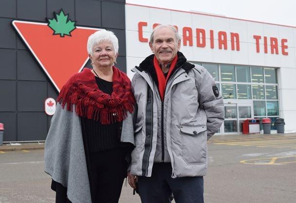 Renfrew Canadian Tire bids farewell to Bill Kenopic