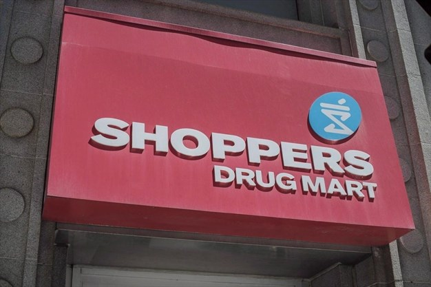 Shoppers Drug Mart lights up medical cannabis e-commerce