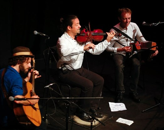 3TiR performs Celtic Music at Market Hall Performing Arts Centre in