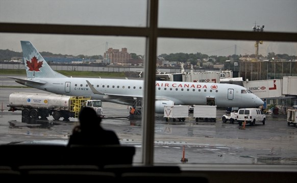 Soaring jet fuel bills mean U S  vacationers must pay more to fly