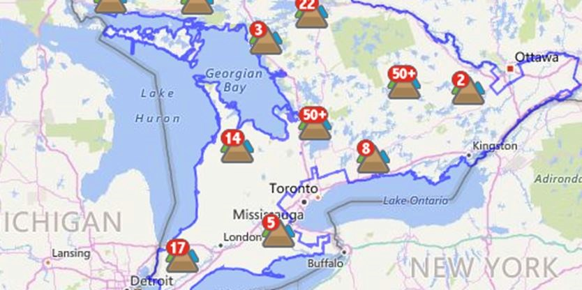 Heavy Snow High Winds 51 000 Without Power Across Ontario