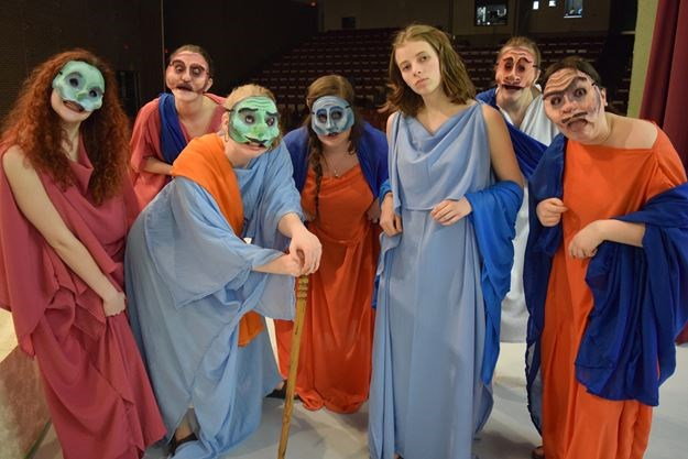 ancient greek comedy costumes