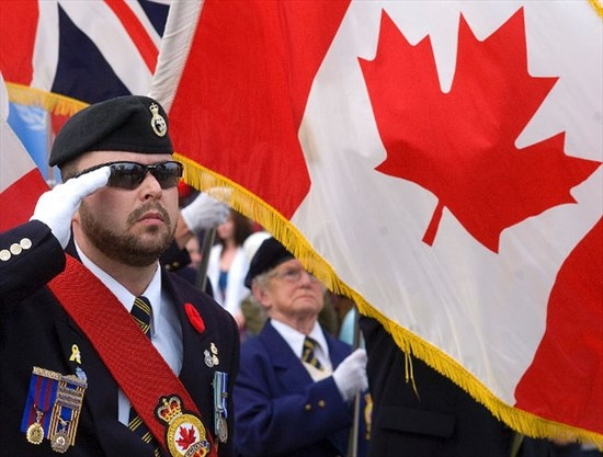 Soldier sorry for false claims, hands back service medals