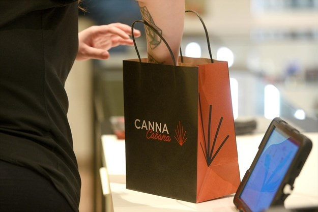East Hamilton pot store scales back hours due to supply