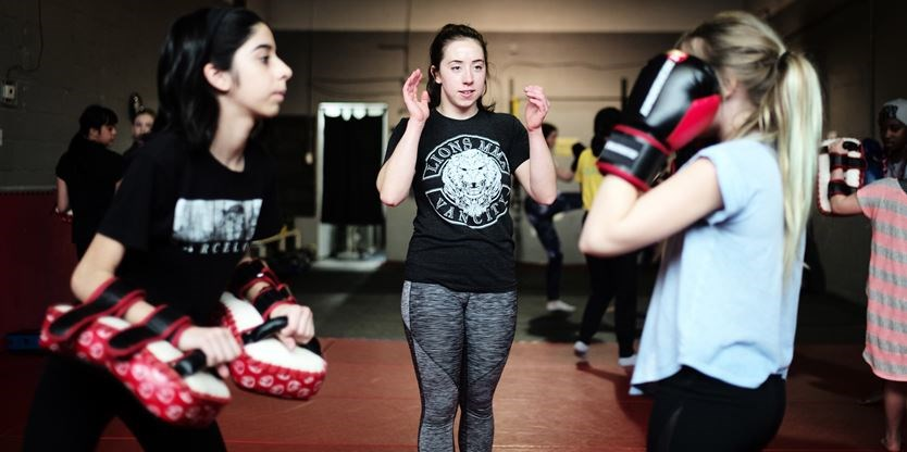 Former female MMA fighter provides self-defence training to young