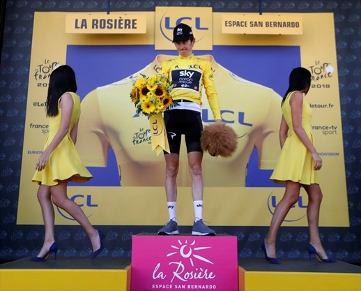 The Tour De France Loves Its Podium Girls Thespec Com