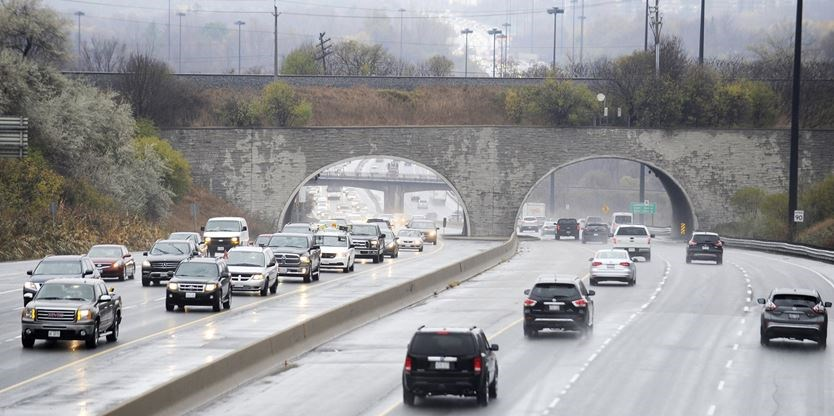 Don Valley Parkway bridge construction will reduce lanes for